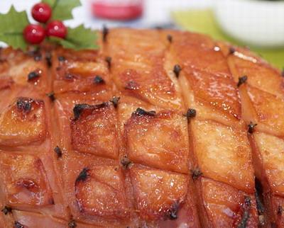 Easy Slow Cooker Christmas Ham - Slow cooker pork recipes