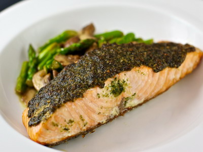Slow Cooker Pesto Lemon Salmon Fillets